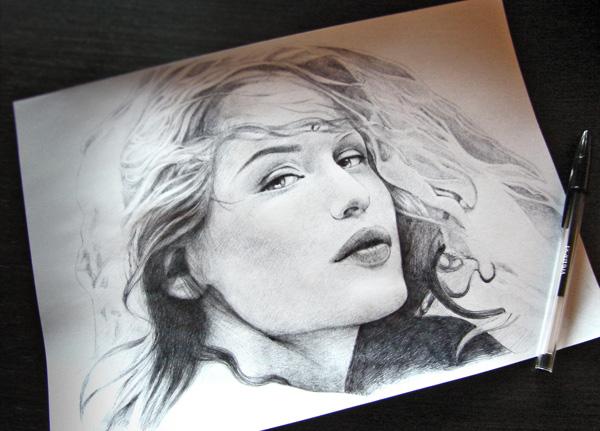 Laetitia Casta - ritratto penna Bic